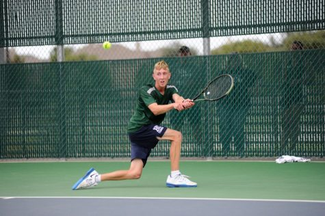 Tennis Tackles a New Season